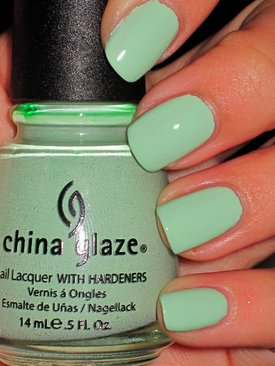 China-Glaze-Re-fresh-Mint